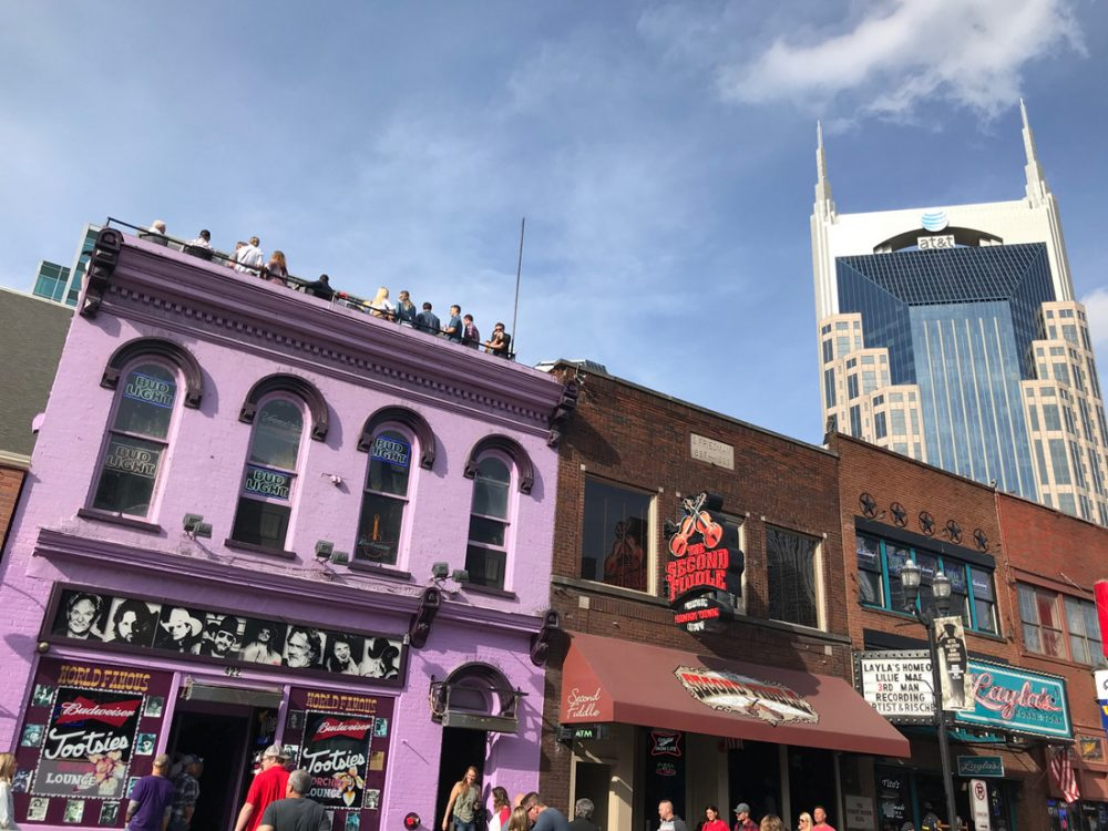 Country music clubs on Broadway Street in Nashville