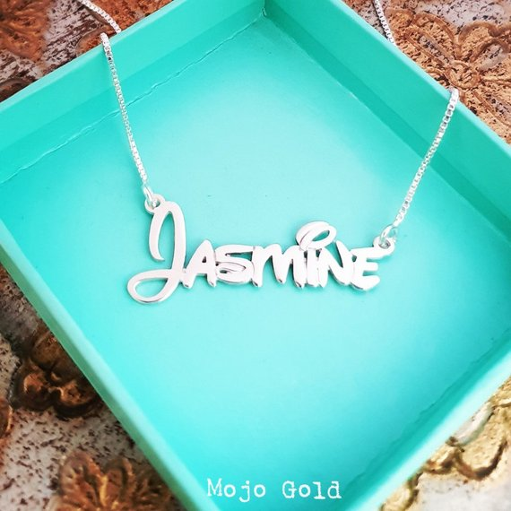 Necklace with name in Disney font