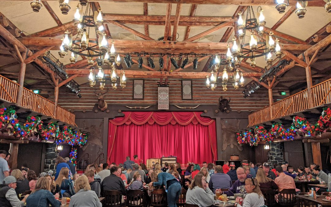 Fill Up on Food and Laughs at the Hoop Dee Doo Musical Revue