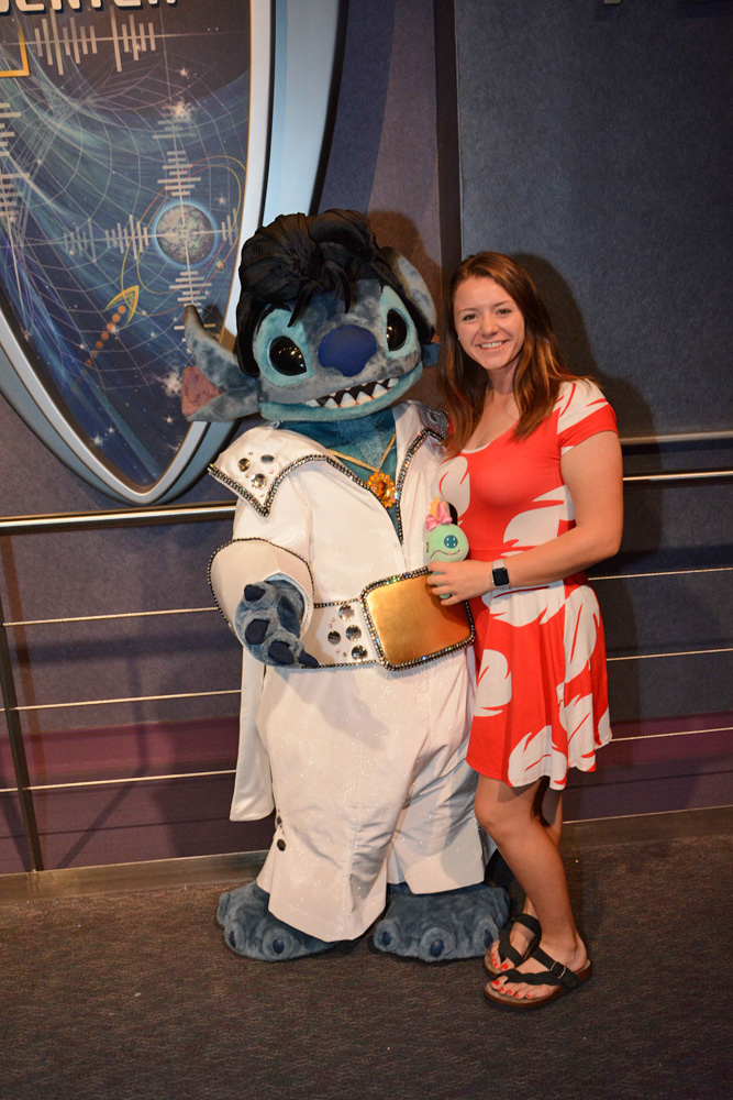 Stitch in his Elvis costume with a woman dressed as Lilo at Mickey's Not So Scary Halloween Party