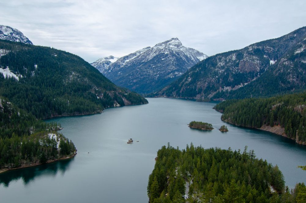 Mountains in North Cascades National Park, a less-crowded alternative to Glacier National Park