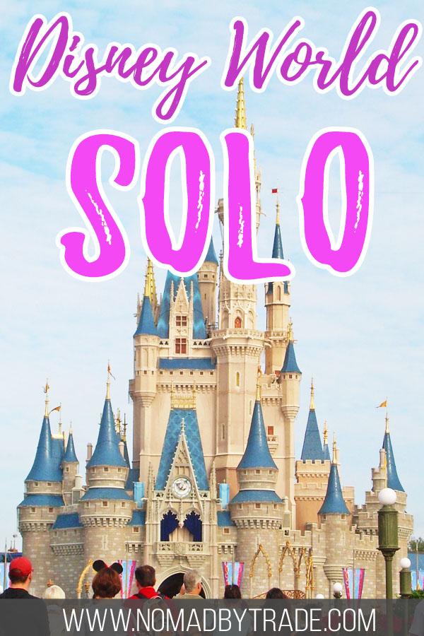"""Cinderella Castle with text overlay reading """"Disney World solo"""""""