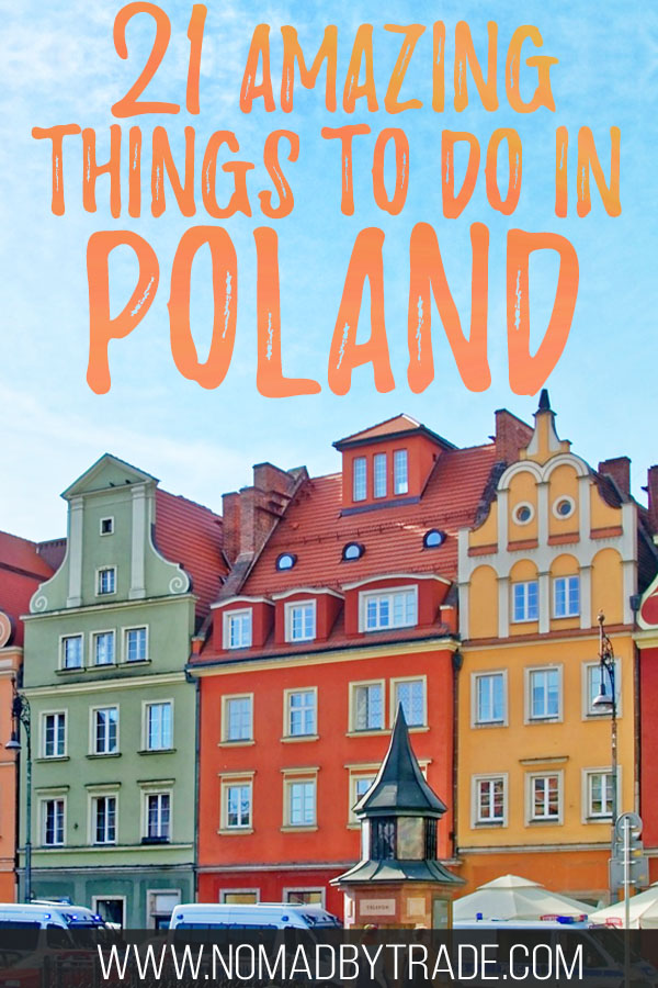 """Colorful buildings in Poznan, Poland with text overlay reading """"21 amazing things to do in Poland"""""""