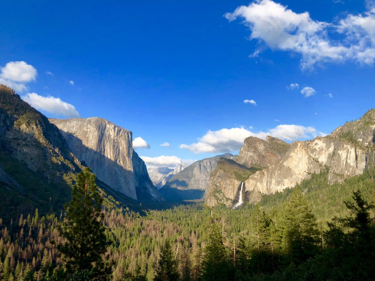 Mountains in Yosemite Valley